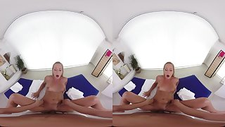 Naomis Happy Accomplishing POV VR