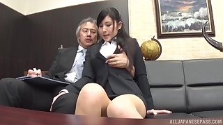 Office babe suits horny boss to Japanese porn personate