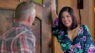 Pretty hot masseuse Kendra Spade gives an unforgettable massage to her elder client